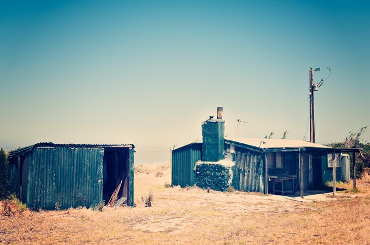 Australia, Coorong shack architecture © Millie Brown