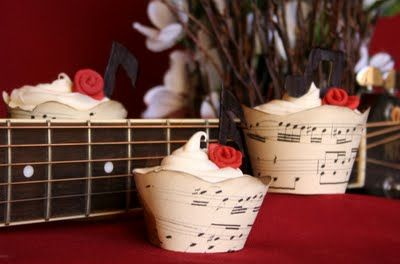 downloadable music cupcake wrappers - recital treats!