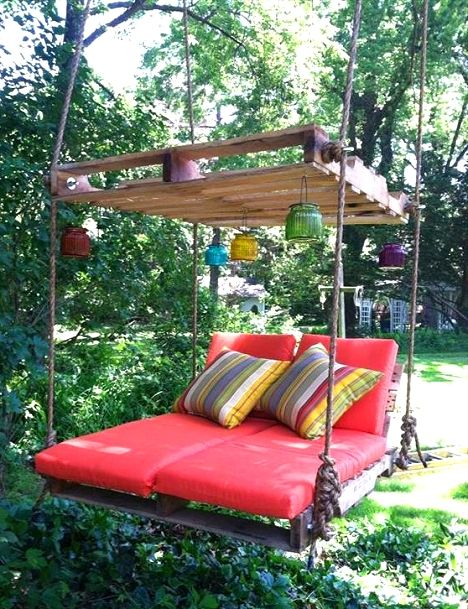 Pallet lounge swing diy Dishfunctional Designs: The Upcycled Garden Volume 7: Using Recycled Salvaged Materials In Your Garden