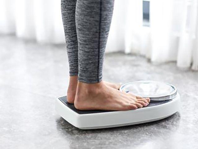 (adsbygoogle = window.adsbygoogle || []).push();   ¿Por qué algunas personas son capaces de mantener su peso mientras otros luchan durante toda la vida?  Si estás buscandoperder pesoy mantenerlo a largo plazo, un estudio llevado a cabo por investigadores de la Universidad de...