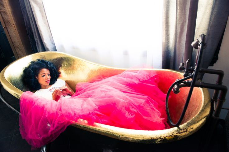 Queen Kelis. http://www.thecoveteur.com/kelis/: Tutu Skirts, Tulle Skirts, Fashion Style, Bathtubs, Kelis For The Coveteur 2, Beautiful People, Photo, Style Pantries, Feathers Good