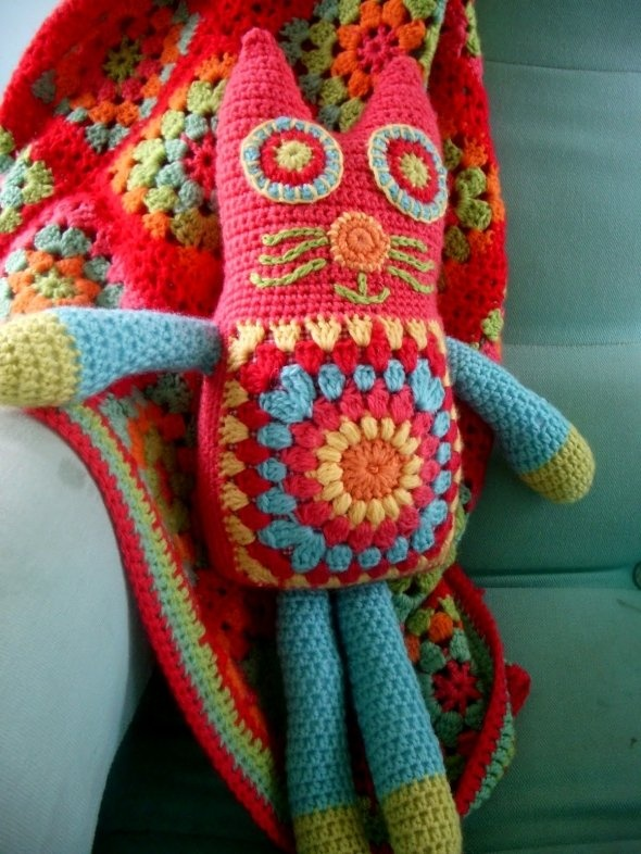 Free Little Kitty Cat Amigurumi Crochet Pattern And Tutorial : Free Crochet Toy Patterns