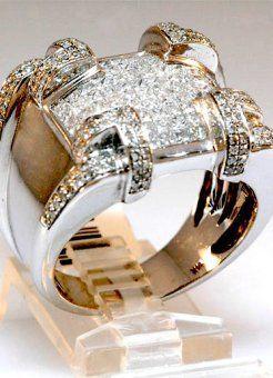 Men's 3.25ct Diamond Ring in solid white gold. $1,950.00