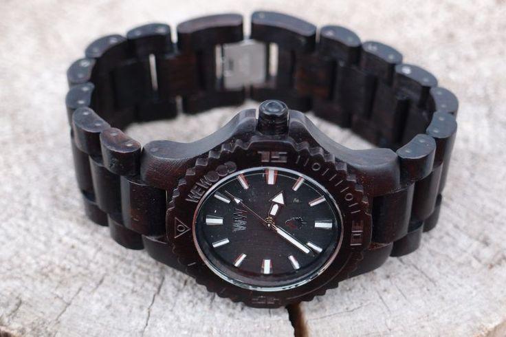 Unikátní dřevěné hodinky WEWOOD Date Black !!! Jedinečný doplněk na letní dny.  http://www.24time.cz/wewood-date-black/