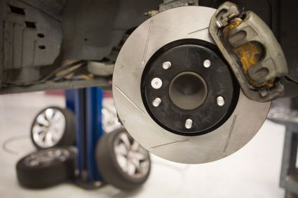 If you're looking for reputated brake repair shops and quality brake service for your brake problems,then Brake O Rama is the Auto Service Shop you're looking for.Check out our service now.