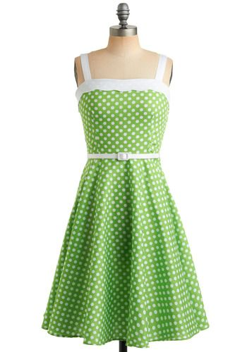 I don't know if I can pull off lime green, but this dress definitely makes me want to try! $92.99