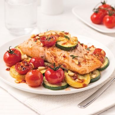 Filet de saumon et légumes en papillote - Recettes - Cuisine et nutrition - Pratico Pratique