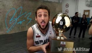 Marco Belinelli wins 3-point contest at #NBA All-Star, first Italian to do so - congrats Marco!