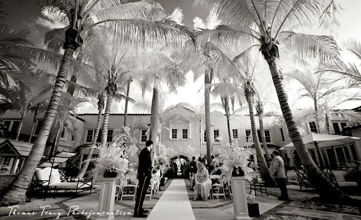 Courtyard ceremony at the Brazilian Court @ Cafe Boulud. Gorgeous!