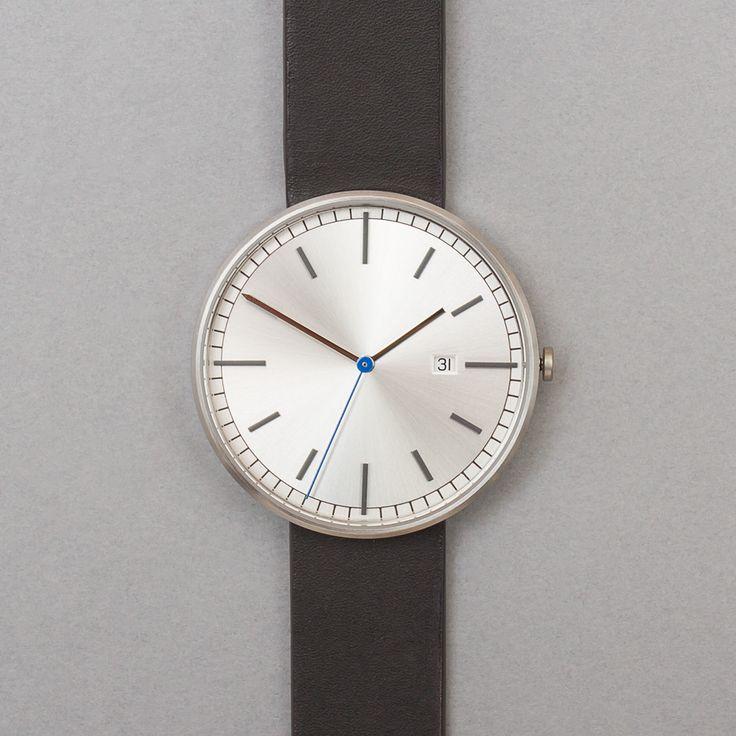 Uniform Wares 203 Series Calendar Wristwatch Brushed Steel / Black Leather