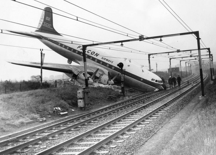 All 76 escaped unhurt when a Falcon Airways flight crashed after its brakes failed while landing at the London Southend Airport, Oct 1960.