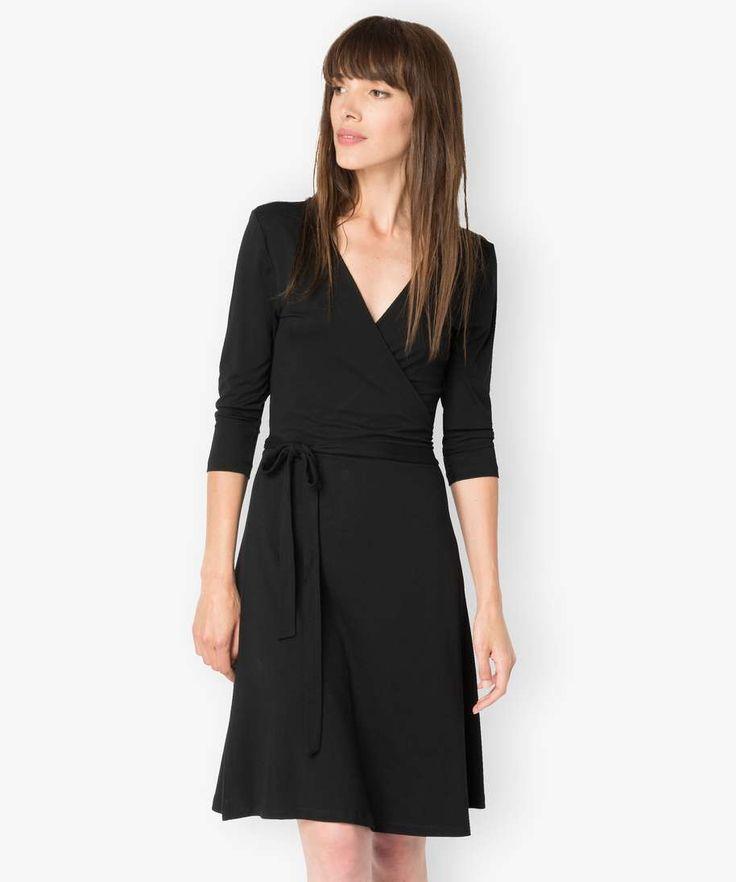 Robe noire cache coeur simple et efficace