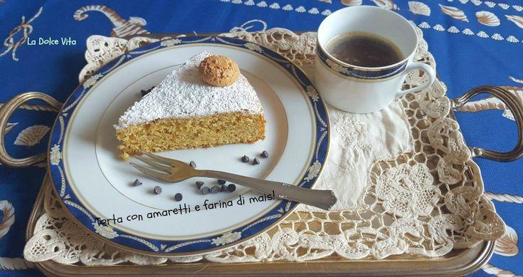 #Torta con #amaretti e farina di #mais!