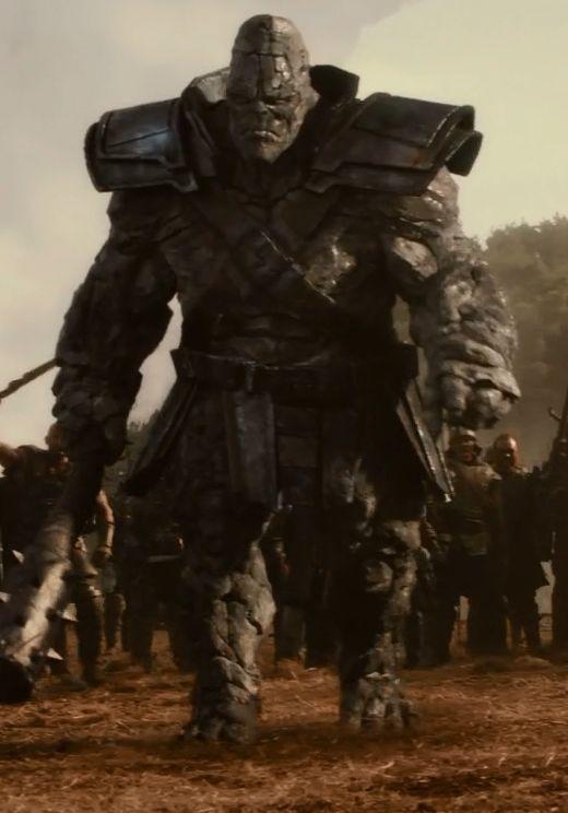 [Mild Spoilers] comparison of Kronans in Thor: The Dark World and Thor: Ragnarok