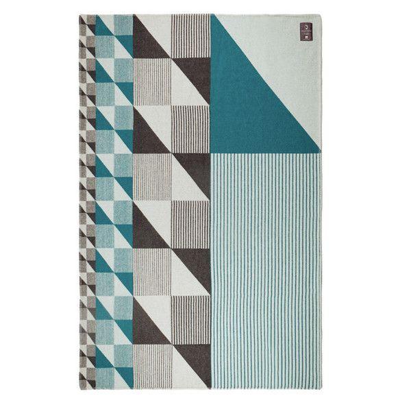 Gullfuglen Jacquard BLANKET - DARK GREY & PETROL BLUE