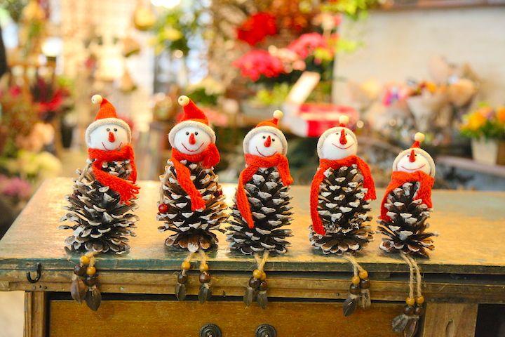 クリスマス/松ぼっくり/santa claus/http://www.hanadouraku.com/flower/christmas//