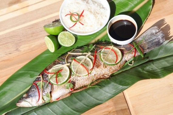 Recipe: Mountain bush pepper and desert lime whole baked barramundi