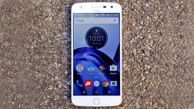 IFA 2016: Lenovo представила смартфон Moto Z Play имодуль Hasselblad…