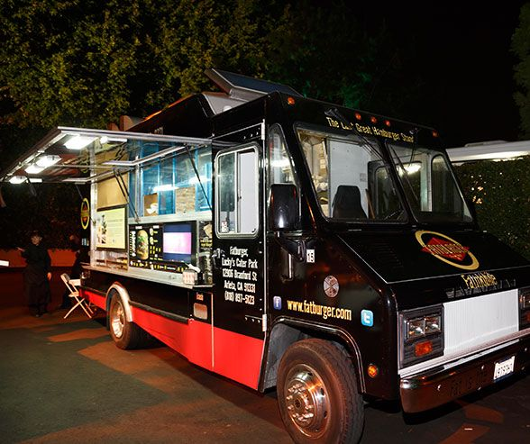 Everything You Need To Know About Wedding Food Trucks.