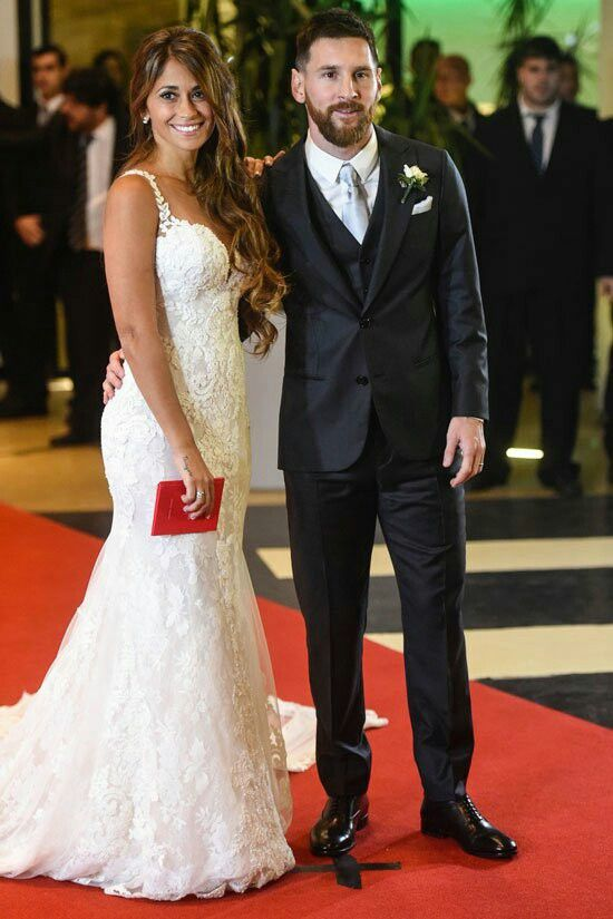 Messi and his childhood sweetheart have finally married