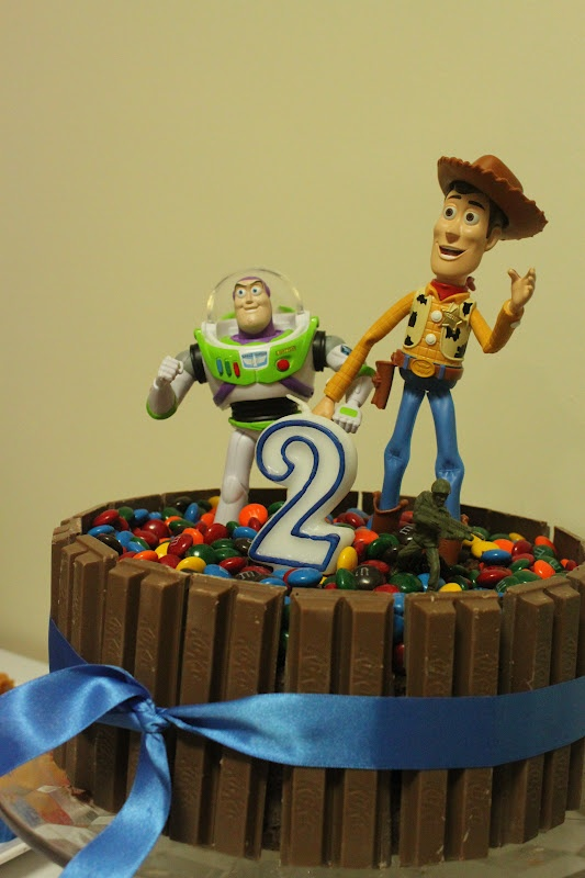 Toy Story Kit Kat Cake Buzz Woody Birthday Parties