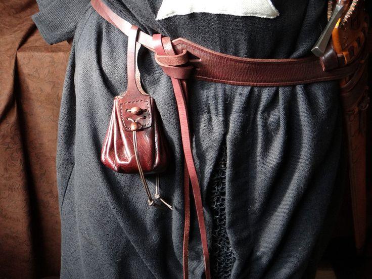 Renaissance belt pouch pattern
