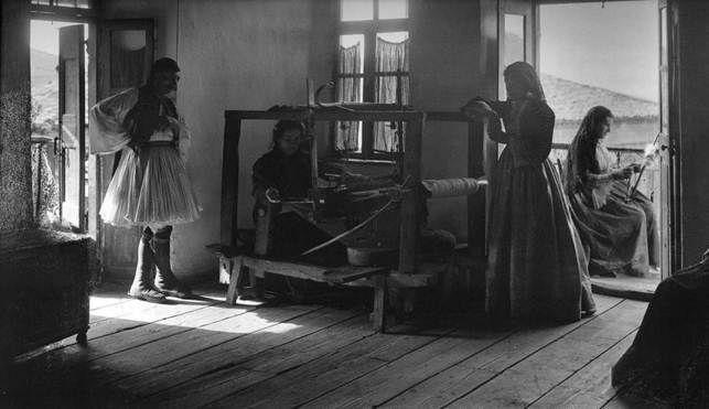 Ανδρίτσαινα, εσωτερικό σπιτιού, 1903 Fred Boissonas