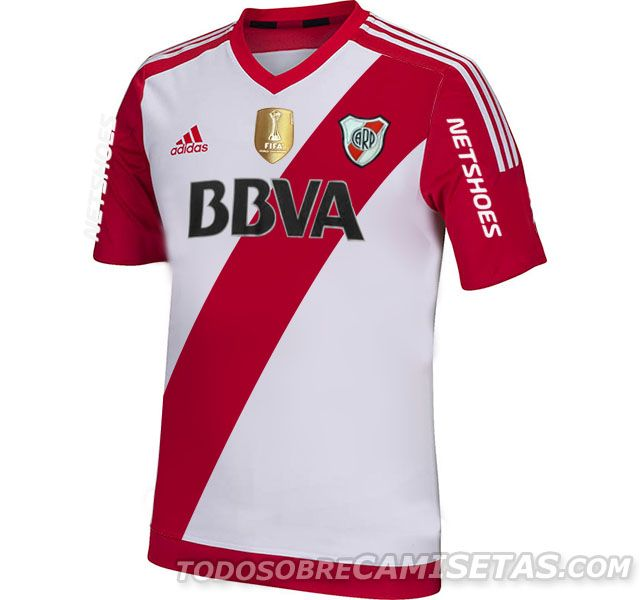 bd6d17fd5e4c0 River Plate Temporada 2015 2016. Con el logo de Campeón Mundial de Clubes.