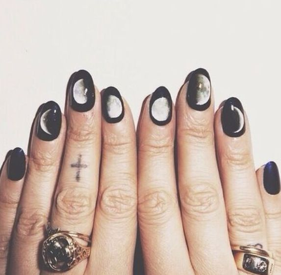 black grunge nails tumblr photography