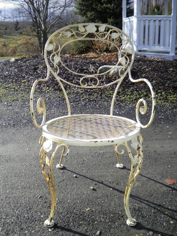 1000 images about wrought iron furniture on pinterest for Woodard outdoor furniture