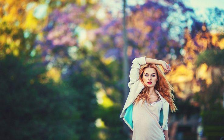 Я устала быть сильной женщиной, устала «понимать», «входить в положение», «прощать». Я хочу быть просто женщиной: слабой, счастливой и любимой.