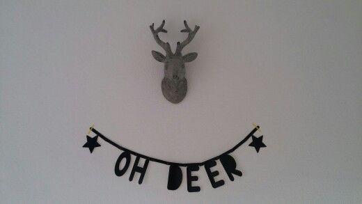 Letterslinger/ wordbanner zwart 'oh deer'