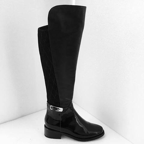 Botas caña alta Z476, disponibles en nuestras tiendas. #Marruecos1986 #Botas #botascañaalta #purocuero #Boots #Overthekneeboots #Realleather