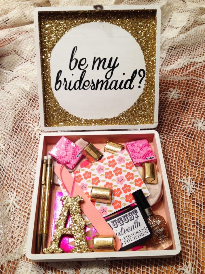 Creative & Delightful Ideas on How to Ask Your Girls to be Your Bridesmaids; the box is so cute!