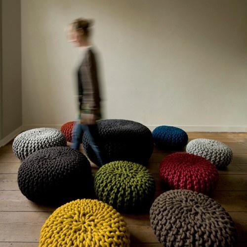 10 besten stricken bilder auf pinterest puffs strick und trapillo. Black Bedroom Furniture Sets. Home Design Ideas