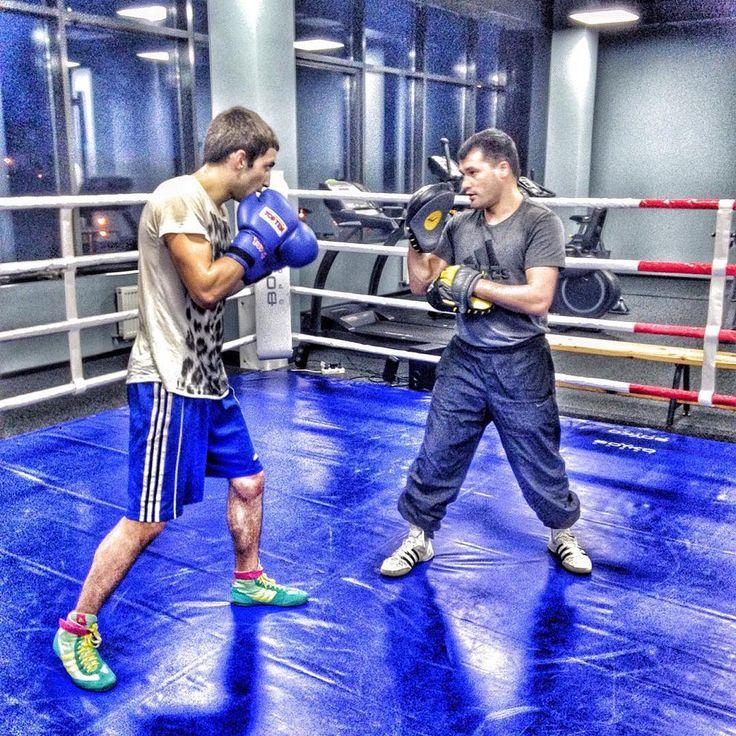 ✅✅✅Обычная тренировка при нестандартном освещении. #бойкоспорт #бокс #кикбоксинг #mma #мма #дзюдо #самбо