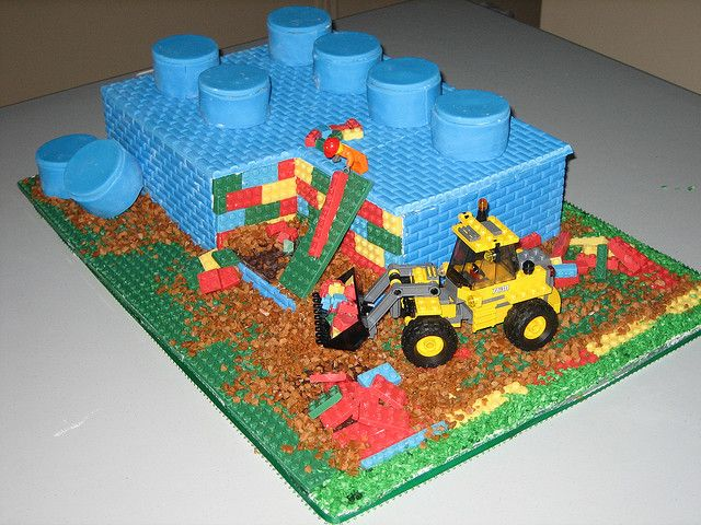 Gateau danniversaire en Lego sur Flickr : http://farm5.staticflickr ...