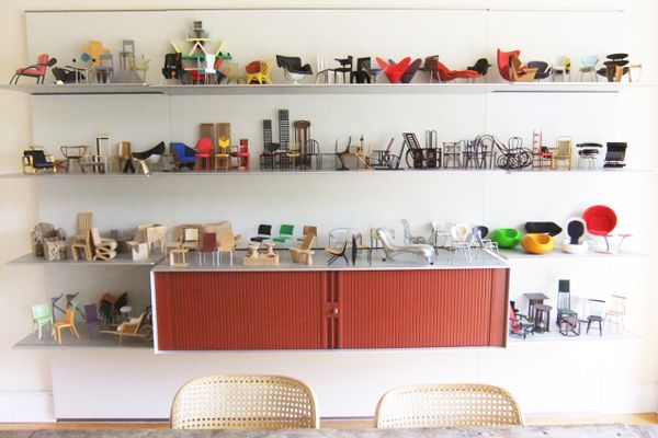 vitra miniature chairs - Google Search  madera y muebles  Pinterest