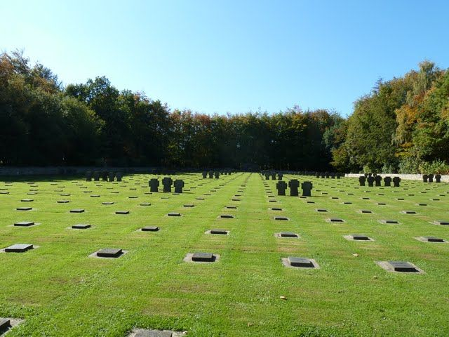 Vossenack War Cemetery – North Rhine-Westphalia, Germany | LandmarkScout