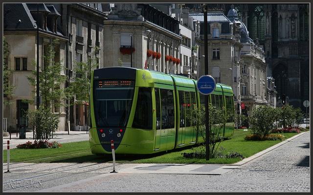 Reims , Tramway by gasdub, via Flickr