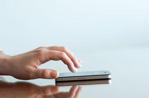 """애플이 제출한 특허기술 """"지정된 손가락으로 터치 ID 잠금해제 시 비상모드 발동"""" - ITWorld Korea"""
