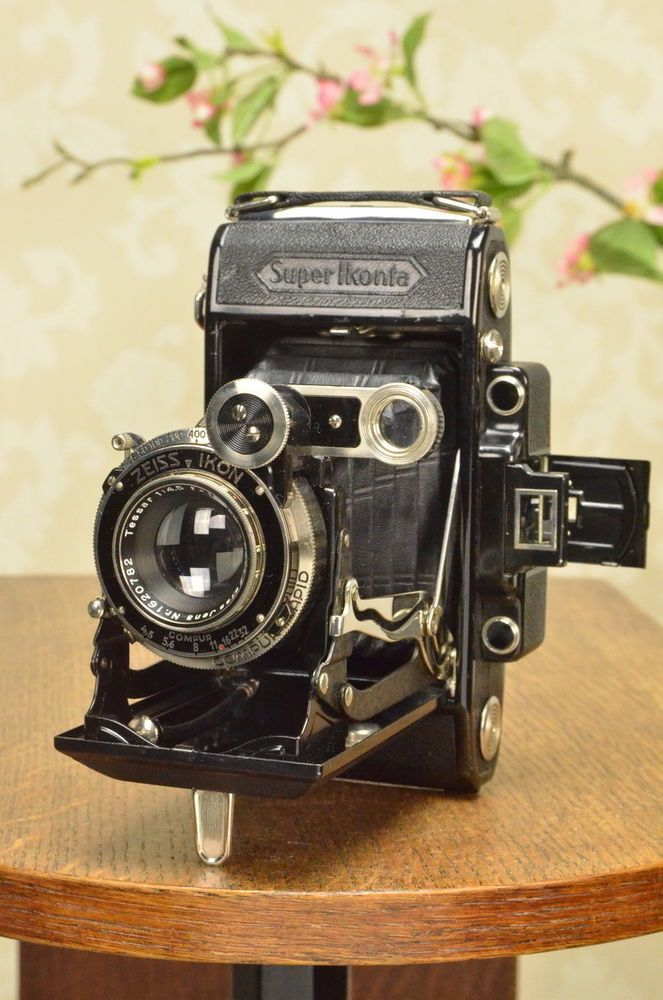 SUPERB! 1935 Zeiss-Ikon Super Ikonta 6x9 with Tessar lens, case & reduction mask #ZeissIkon