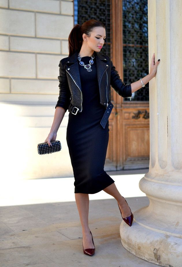 Can never go wrong with all black and a glam necklace