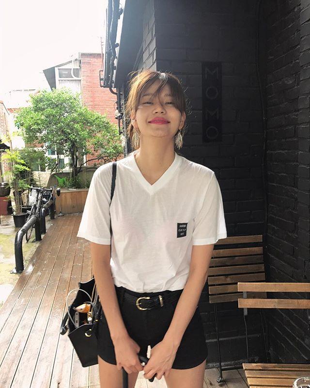 Anda Anda Kiss Photos Et Videos Instagram Fashion Kpop Girls Clothes