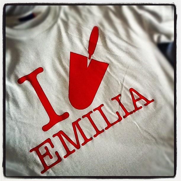 La t-shirt per la ricostruzione in #Emilia. In vendita in oltre 480 Coop a 5€ - 1,50€ verranno devoluti ai comuni colpiti dal #terremoto » @rosati_luca
