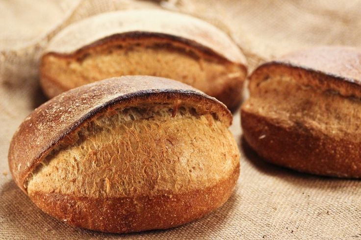 """Vor einigen Tagen stöberte ichwieder einmal im Buch """"Bread and Pastry"""", und dabei hat es mirdieBrotform """"Tabatiere"""" besonders angetan. Dieses Brot ist eine Spezialität aus Frankreich und sollte ..."""