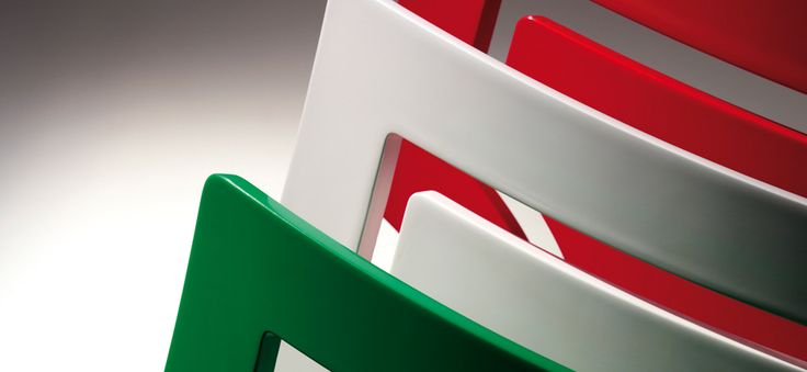 Detail of stacking chair Sendy 152 2 SE, tricolor as Italian flag, by Cizeta. 100% Italian design and production