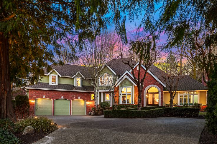 Tuscany Home with All the Bells & Whistles! Elegant, picture-perfect 3,865 asf 4 bed, bonus & 2 den/office home in a premier Woodinville neighborhood. Quality Burnstead built & turn-key: Remodeled kitchen w/Sub-Zero and honed granite, newer Hardiplank siding, gorgeous hardwoods thruout, water feature+gas firepit, iron wood deck w/hot tub & shower, fabulous storage, AC, Pres. roof, landscaping lighting front/back. Gorgeous grounds w/views to private greenbelt, n'hood trails & a quiet setting!