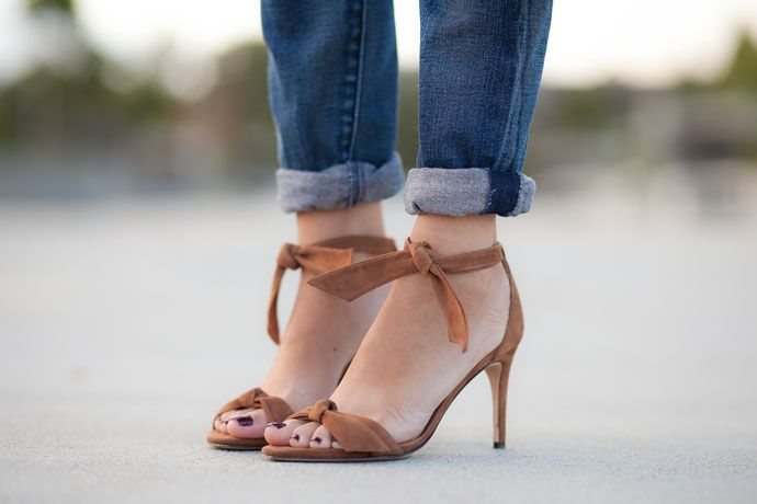 Ankle-Tie Sandals - Alexandre Birman http://www.alterationsneeded.com/2014/06/ankle-tie-sandals-alexandre-birman.html?utm_campaign=coschedule&utm_source=pinterest&utm_medium=Kelly%20Alterations%20Needed%20(Alterations%20Needed%20Lookbook)&utm_content=Ankle-Tie%20Sandals%20-%20Alexandre%20Birman