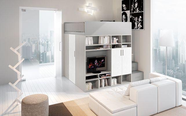 La cabina armadio con i soffitti alti
